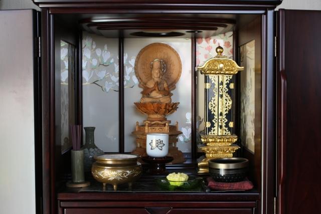 仏壇・神棚・お墓を建てる時期